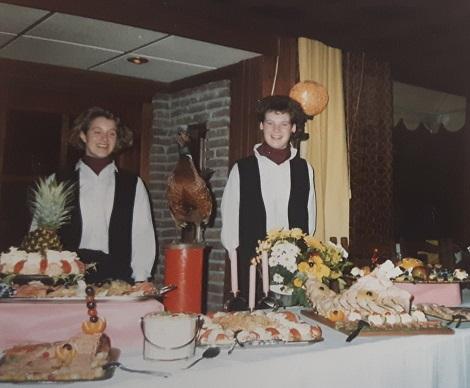 Yvonne en Miriam kookwedstrijd